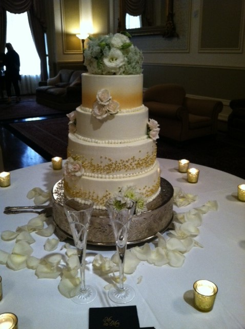 best wedding cake south austin preserving your top layer of the wedding cake 11667